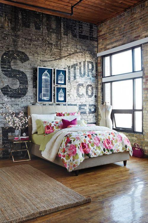 Decoraci n estilo industrial con paredes de ladrillo visto for Paredes estilo industrial
