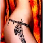 Tatuaje pluma indio