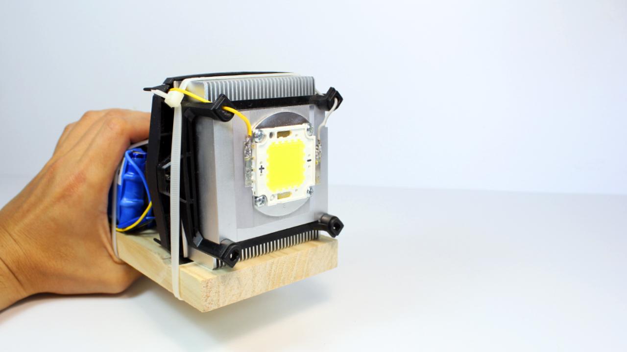 Linterna LED Casera