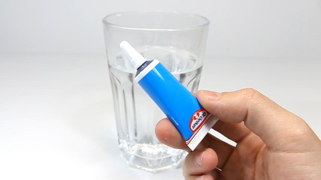 Materiales_8_(Agua + Colorante alimenticio)
