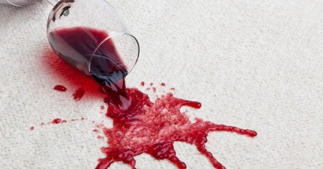 como-limpiar-una-mancha-de-vino